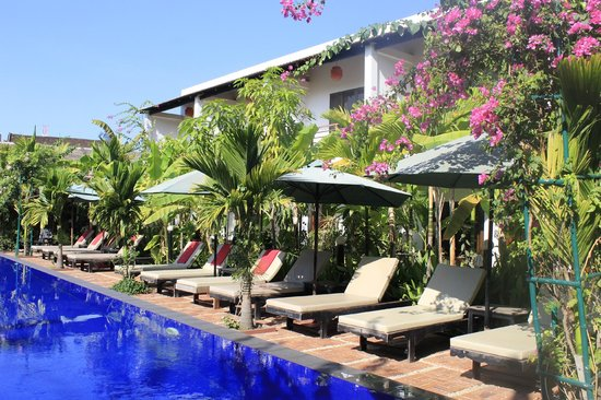 La Niche D'Angkor Boutique Hotel: wonderful pool by the unit