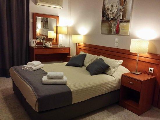 Hotel Chryssi Akti: Superior Double