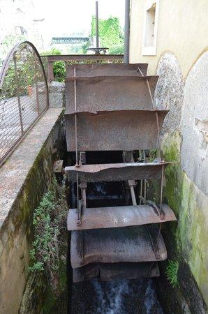 Borghetto sul Mincio: La ruota di un vecchio mulino