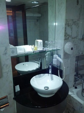 Bathroom Picture Of The Empire Hotel Wan Chai Hong Kong