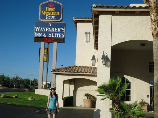 Best Western Plus A Wayfarer's Inn and Suites : Placa indicativa do hotel
