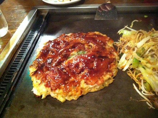 Kiji Umeda Sky Bldg. : Okonomiyaki