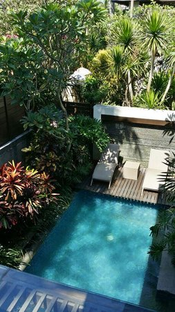 Le Jardin Villas: view of pool from upper floor