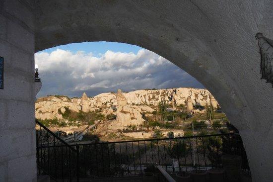 Elif Star Caves: 部屋の玄関からの眺め