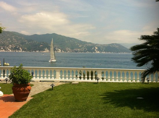 Grand Hotel Miramare: View from terrasse