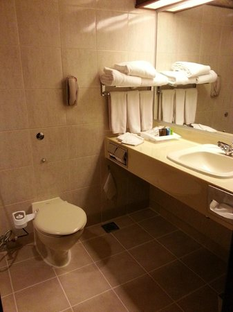 Grand Margherita Hotel: Bathroom, Executive Suite