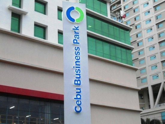 Ayala Center Cebu: The Cebu Business Park