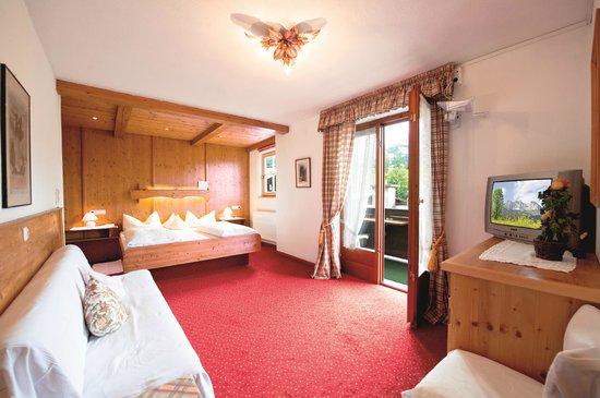 Hotel Gasthof Lanzenhof: Zimmer Kaiserblick