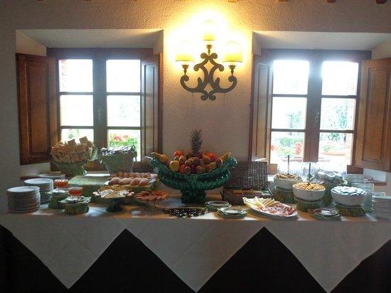 Hotel Monteriggioni: Frühstück