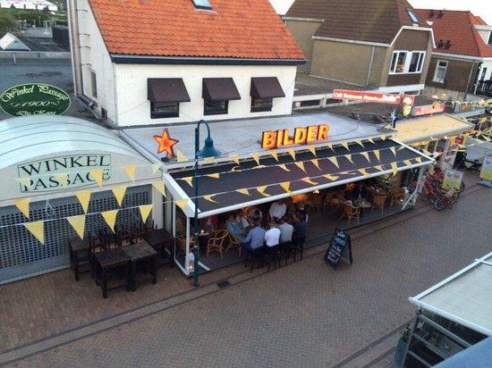 Fletcher Hotel-Restaurant De Cooghen : Feest bij de buren.