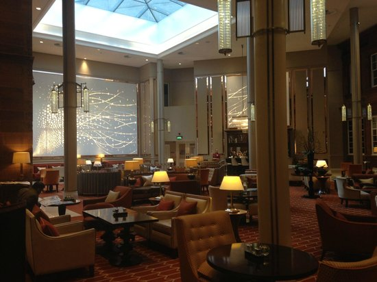 Waldorf Astoria Edinburgh - The Caledonian: the peacock alley bar