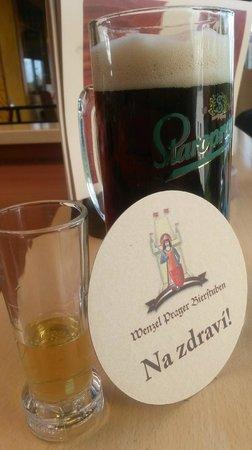 Wenzel Prager Bierstuben: Gepflegte  Getränke