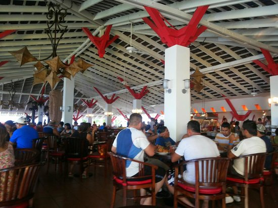 Royal Decameron Salinitas : All dining areas are open air.