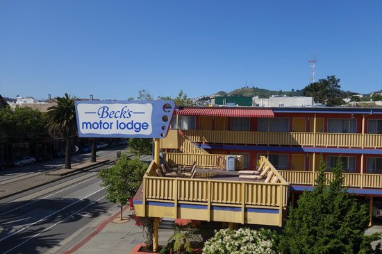 Beck's Motor Lodge looks nice from outside