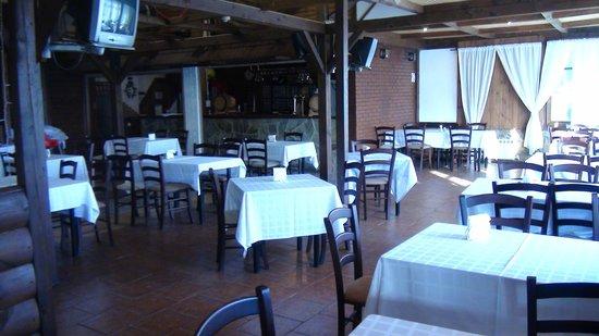 Medvezhyi Ozera Country Club: Место для приема пищи