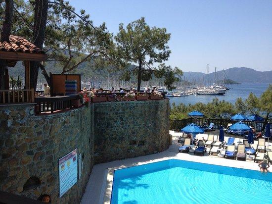 TUI Sensimar Marmaris Imperial Hotel : View of main pool and restaurant above.