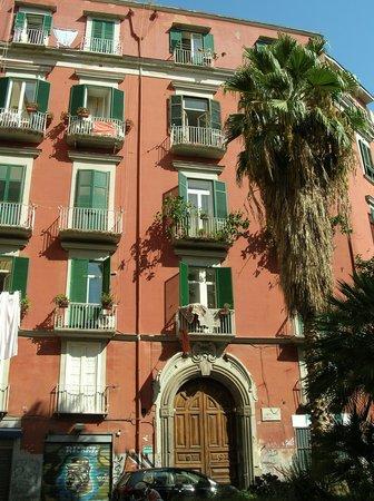 Olimpo degli Dei: В этом здании и находится отель