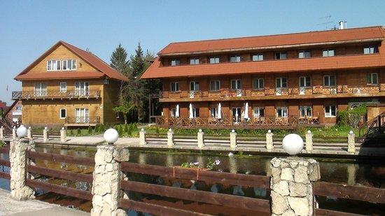 Medvezhyi Ozera Country Club: Отель