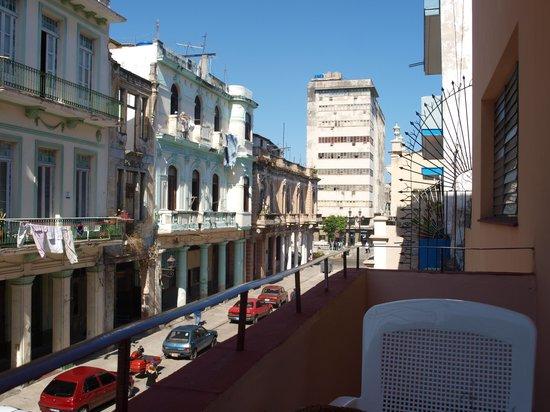 Casa Maura Habana Vieja: View from the balcony