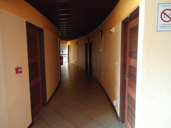 Le Samana: accès aux chambres à l'étage