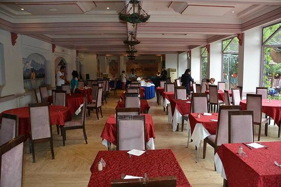 Imperial Holiday Hotel : Restaurant