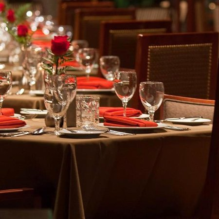 Randolph's Restaurant & Bar: Stop and Smell the Roses