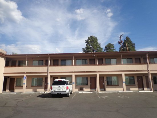 Travelodge Williams Grand Canyon : Vista externa dos quartos