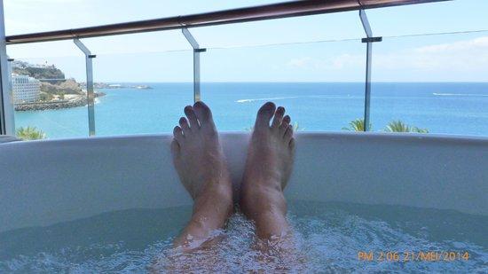 Jacuzzi Op Balkon Foto Van Radisson Blu Resort Gran Canaria