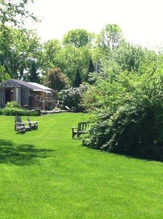 Barsen House Inn: garden