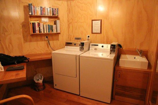 Coronation Lodge : My favorite Laundry Room!