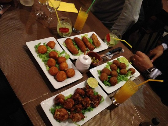 Carioca Restorante : Starters: fried bananas, fried cheese, meatballs, chicken wings