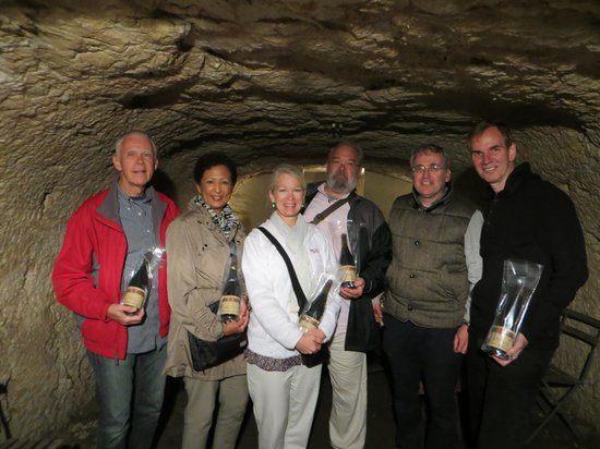 Riverloire - Loire Valley Day Tours : With Thierry in troglodyte wine cellar