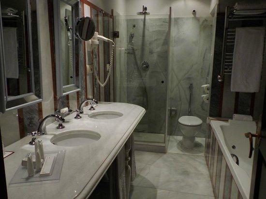 Las Casas de La Juderia: 浴室