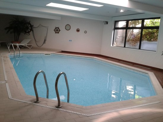 Best Western Plus Hostellerie Du Vallon : piscine