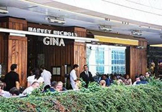 Gina Restaurant: Gina outdoor