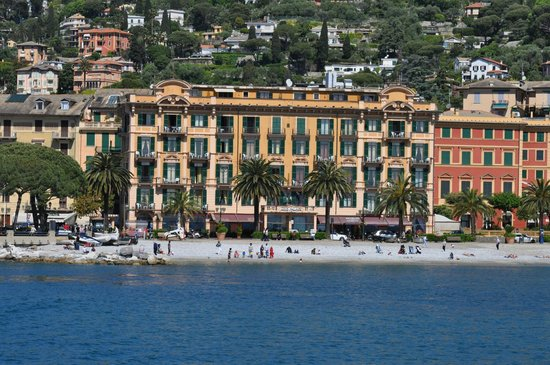 Lido Palace Hotel: Hotel visto dal mare