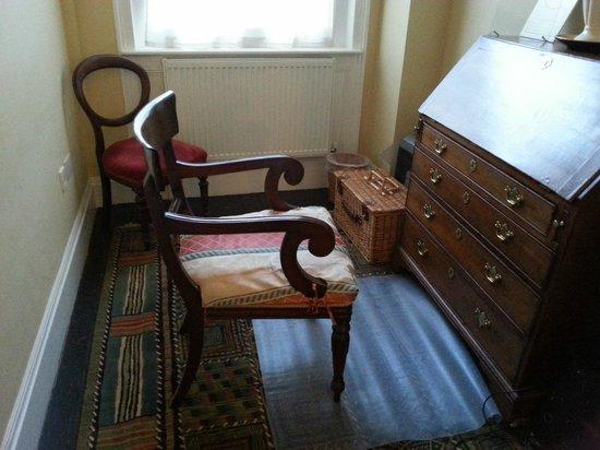 Henrietta House: Piccolo ufficio