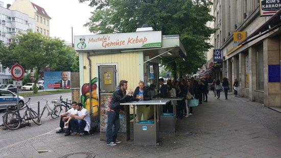 Mustafa's Gemüse Kebab: Place