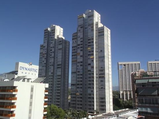 Gemelos XXII Apartments: the gemelos 22 towers 1 AND 2