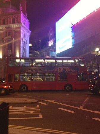Le Meridien Piccadilly: PICCADILLY CIRCUS