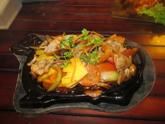 Paris Beach Phu Quoc: Very tasty chicken sweet and sour