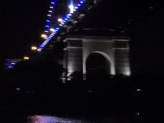 CityCat Ferry : Brisbane by night