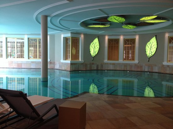 Cavallino Bianco Family Spa Grand Hotel: Piscina