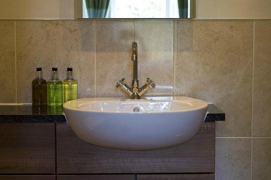 Glendon Guest House: All bedrooms have a modern en-suite bathroom
