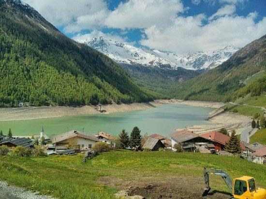 Vernagt am See: Panorama del lago della val Senales