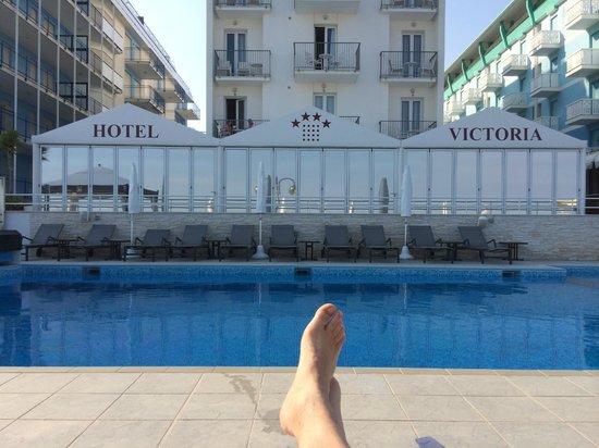Hotel Victoria Frontemre: Piscina