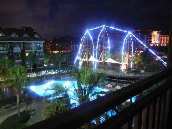 Can Garden Resort: restaurant poissons en soirée
