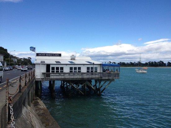 Boat Shed Cafe: Über dem Wasser