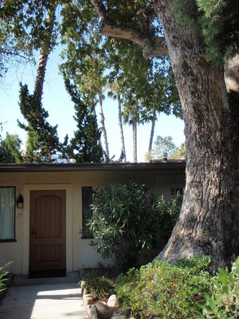 The Oaks at Ojai: One of the cottages under near an Oak tree