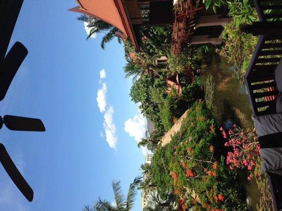 Anantara Hua Hin Resort: Lagoon balcony
